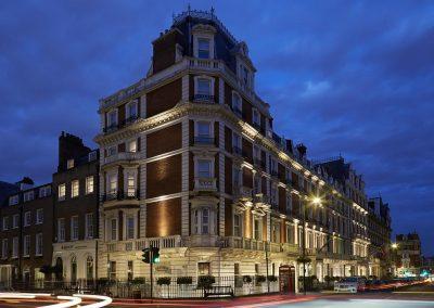 Mandeville Hotel London Exterior At Night